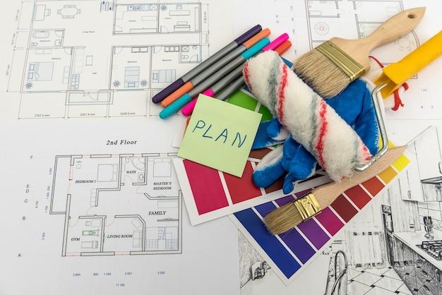 Naklejka Z Planem Mieszkania I Katalogiem Kolorów Do Remontu Domu Premium Zdjęcia