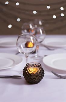 Nakrycie stołu w restauracji?