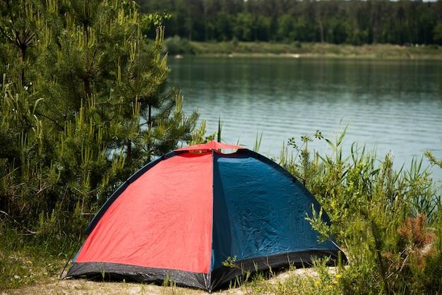Namiot turystyczny do rekreacji na świeżym powietrzu