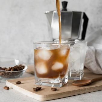 Napój alkoholowy z kawą