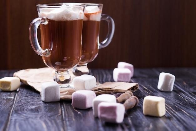 Napój kakaowy z pianką