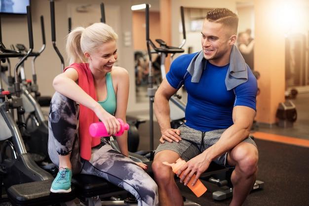 Napój proteinowy po dobrym treningu