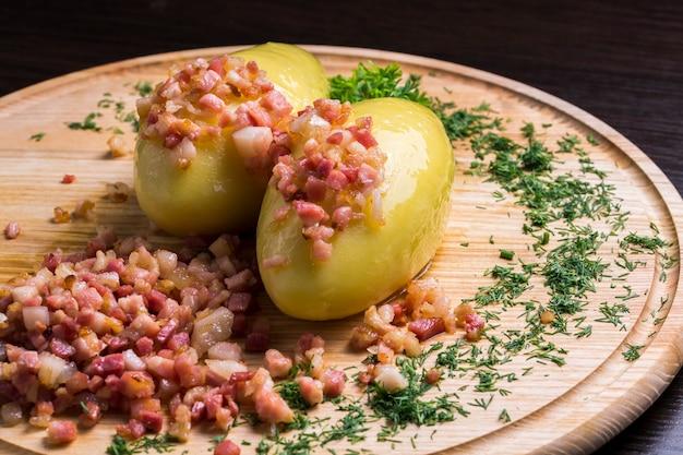 Narodowe danie w litewskich sterowcach z mięsem
