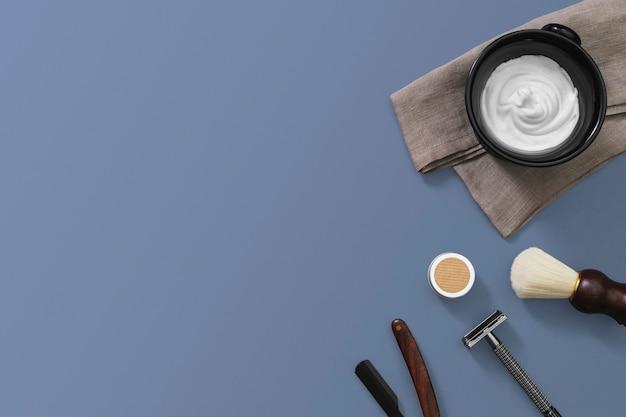 Narzędzia do modelowania w stylu vintage z salonem brody