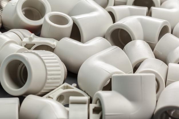 Narzędzia i materiały do prac sanitarnych