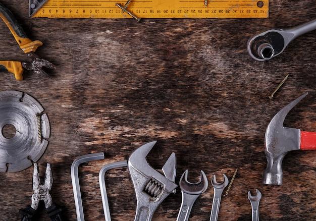 Narzędzia na stole