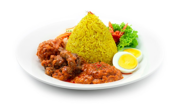 Nasi tumpeng mini ayam daging rice with chicken beef