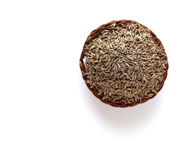 Nasiona kminku na białym tle