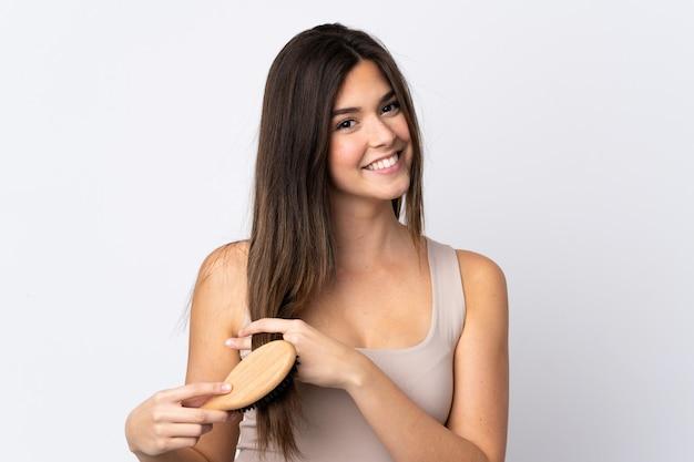 Nastolatka brazylijska dziewczyna z grzebieniem do włosów