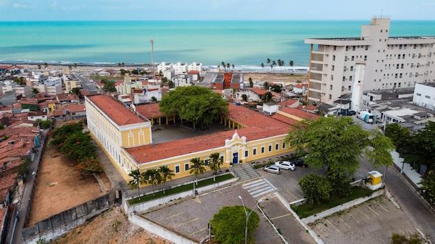 Natal, rio grande do norte, brazylia – 12 marca 2021: centrum turystyczne natal city