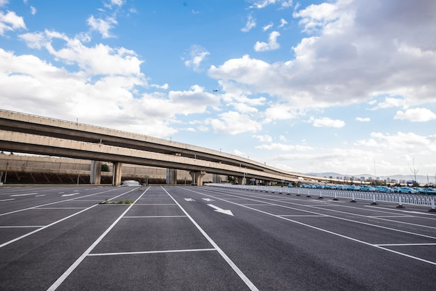 Natura lakier samochodowy parkinglot parku