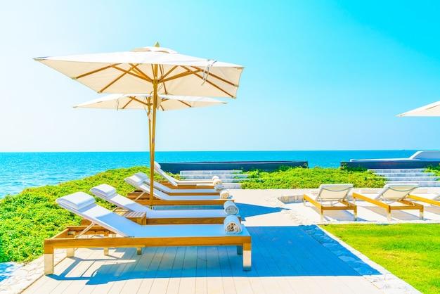 Natura morze piękne krzesło ogrodowe