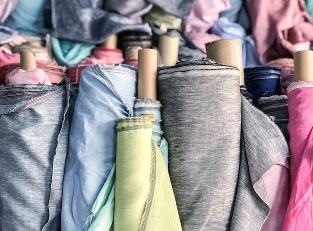 Naturalna tkanina lniana w rolce