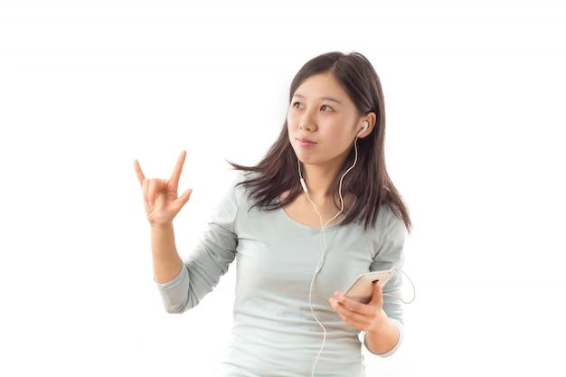 Naturalne białe asian nastolatka słuchawkowy
