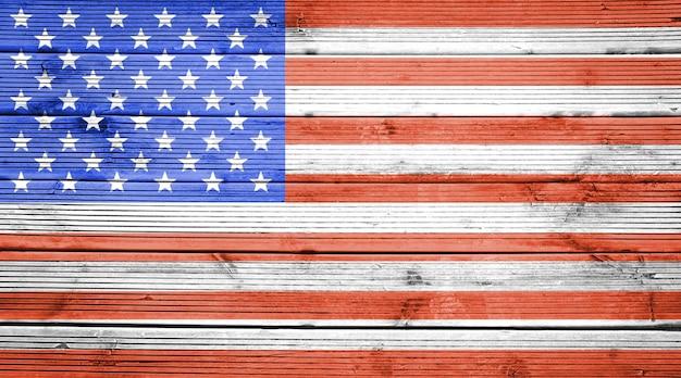 Naturalne drewniane deski tekstura tło z kolorami flagi stanów zjednoczonych