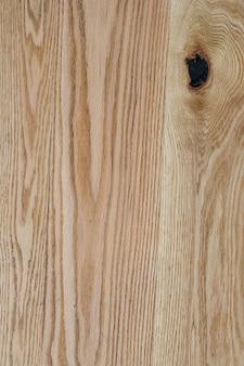 Naturalne drewno z tłem sęka