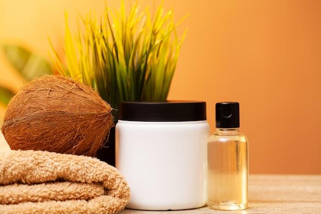 Naturalne kosmetyki do zabiegów spa i pielęgnacji skóry na bazie kokosa