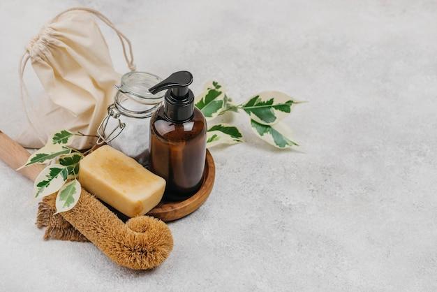 Naturalne mydło i organiczny olejek do ciała