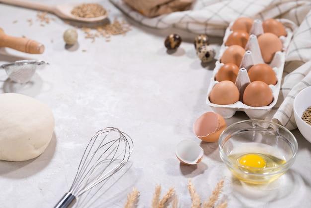 Naturalne składniki do pieczenia