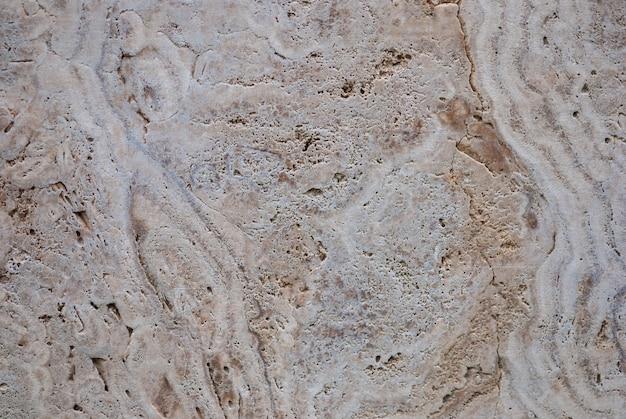 Naturalny wapień słodkowodny (trawertyn, włoski marmur pasmowy, calc tufa)
