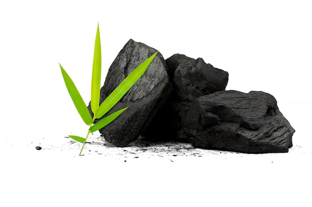 Naturalny węgiel drzewny proszek z bambusa ma właściwości lecznicze z tradycyjnym węglem drzewnym