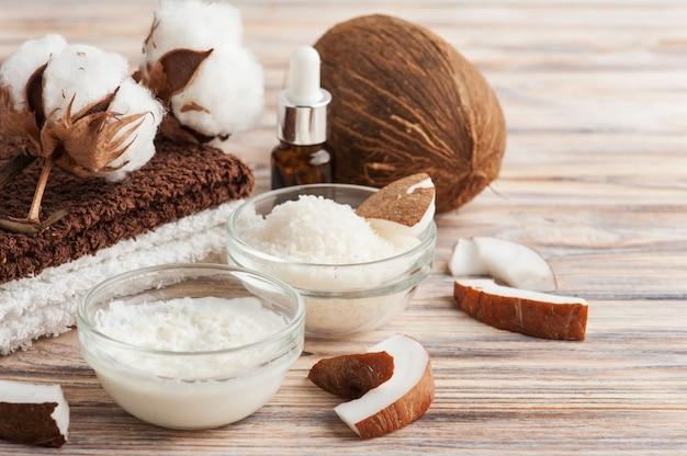 Naturalny zabieg na włosy z kokosem
