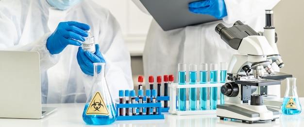 Naukowcy sprawdzają szczepionkę