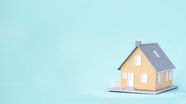 Nie ma to jak w domu. biznesowa inwestycja dla nieruchomości pojęcia tła.