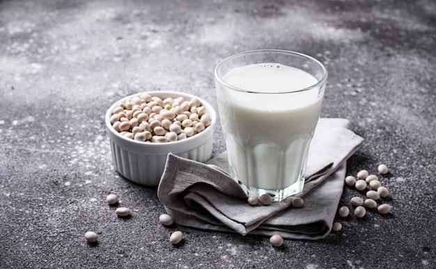 Nie mleczne mleko sojowe wolne od laktozy