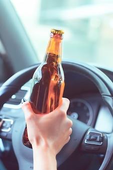 Niebezpieczna kobieta kierowca