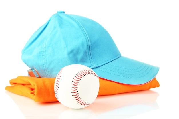 Niebieska czapka z daszkiem na białym tle