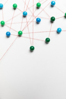 Niebieska i zielona mapa pinezki