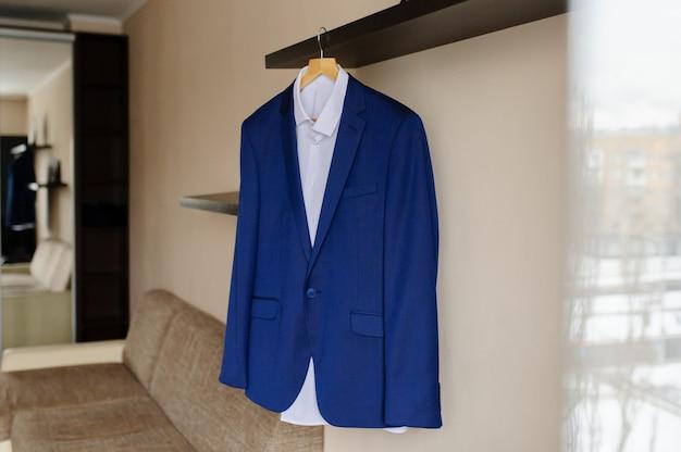 Niebieska męska kurtka