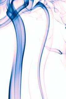 Niebieski dym kształt krzywej
