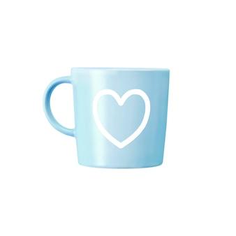 Niebieski kubek z nadrukiem serca na białym tle na białej powierzchni