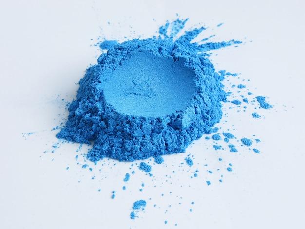 Niebieski pigment w proszku z miki do kosmetyków
