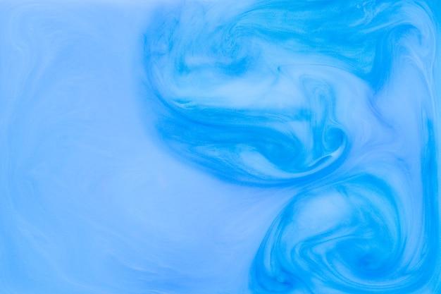 Niebieskie tło upłynnione