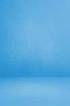 Niebieskie tło wnętrza betonu. pusta scena szablonu