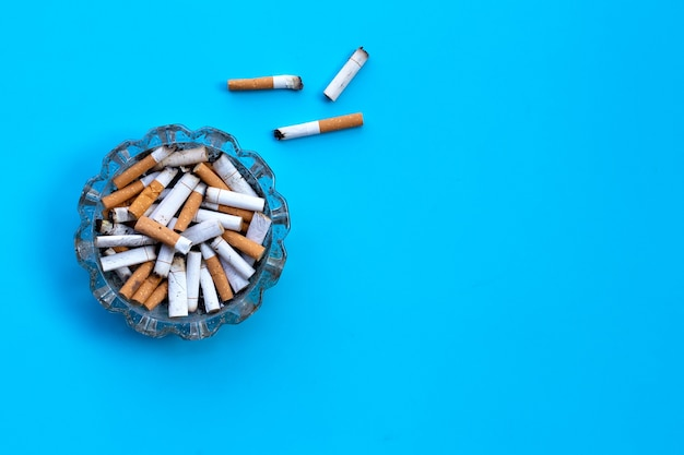 Niedopałki papierosów