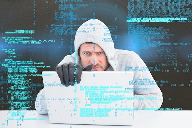 Nielegalnych działań z komputerem