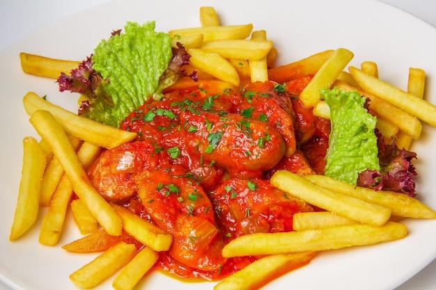 Niemiecki currywurst