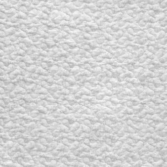 Nieostrożne białym tle