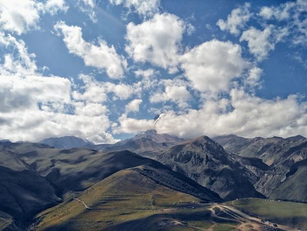 Niesamowity widok na góry