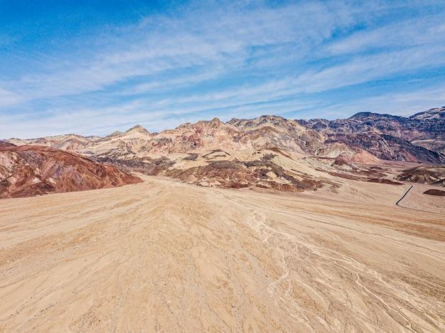 Niesamowity widok na kolorową paletę artist's palette.death valley national park.california.usa
