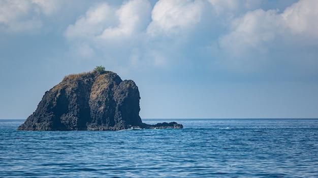 Niesamowity widok na ocean. bali.