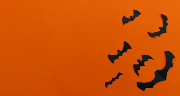 Nietoperze z papierukoncepcja halloween