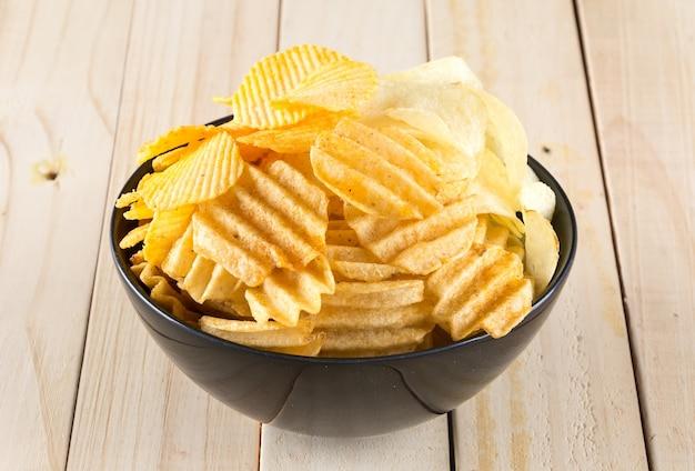 Niezdrowe chipy crunchy plasterka chipa