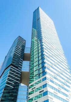 Niski kąt widzenia wieżowców moscow city