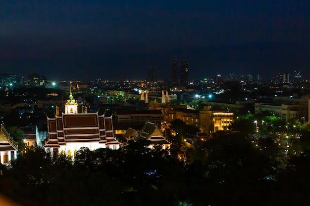 Nocny widok na miasto bangkok
