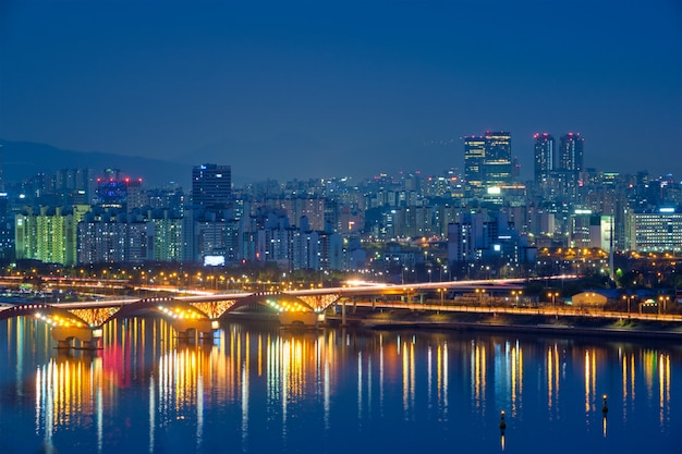 Nocny widok seulu, korea południowa